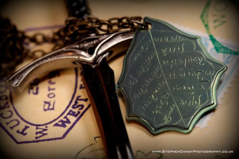 Shire Post Mint Elvish Leaf Necklace 1
